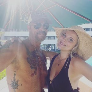 Lorenzo Lamas announces engagement with Kenna Nicole Smith via Facebook