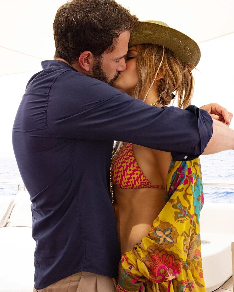 Jennifer Lopez was photographed with Ben Affleck during her 52nd birthday celebration in Saint-Tropez
